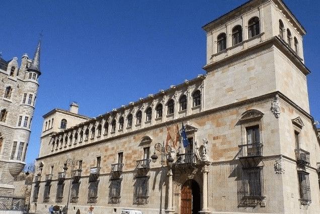 Diputación de León Palacio de los Guzmanes