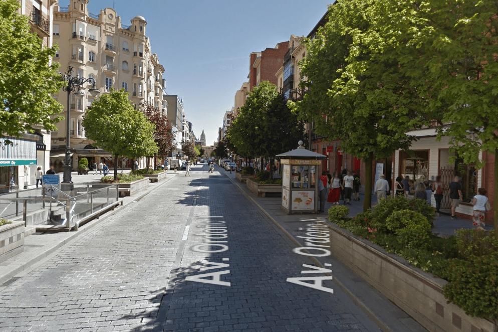Calle avenida ordoño II León peatonal semipeatonal centro