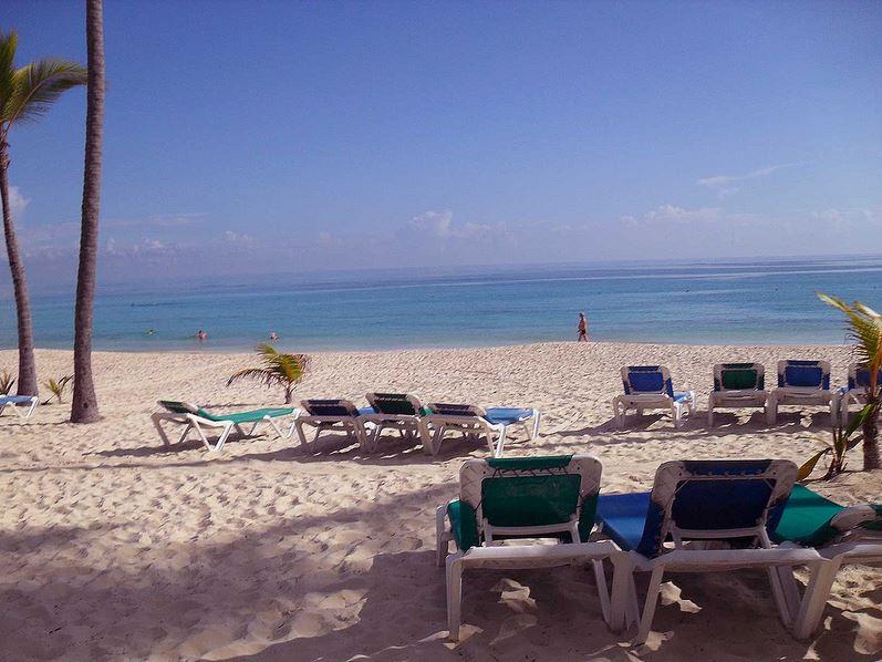 playa tumbana mar