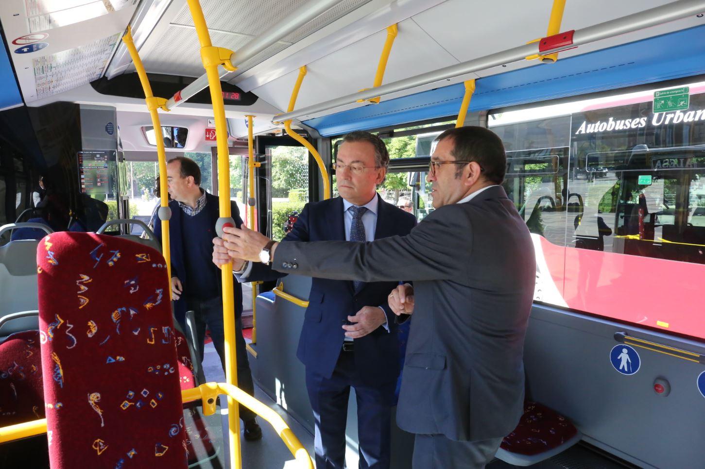 autobuses urbanos leon salgado