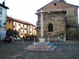 plaza del grano leon iglesia del mercado