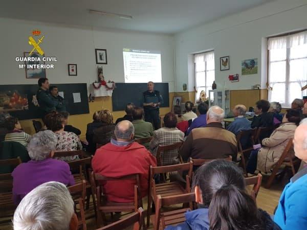 Guardia Civil charlas mayores provincia de León