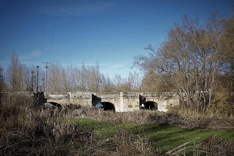 Puente Viejo. Saldaña
