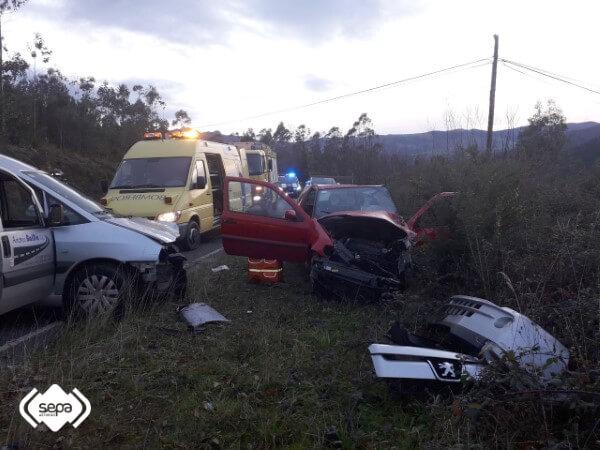 Grave accidente de tráfico en Coaña, Asturias