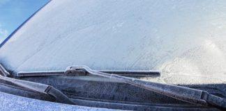 trucos sencillos de cómo eliminar hielo parabrisas coche