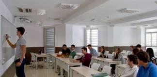 22 maestros menos en León por culpa de la Conserjería de Educación
