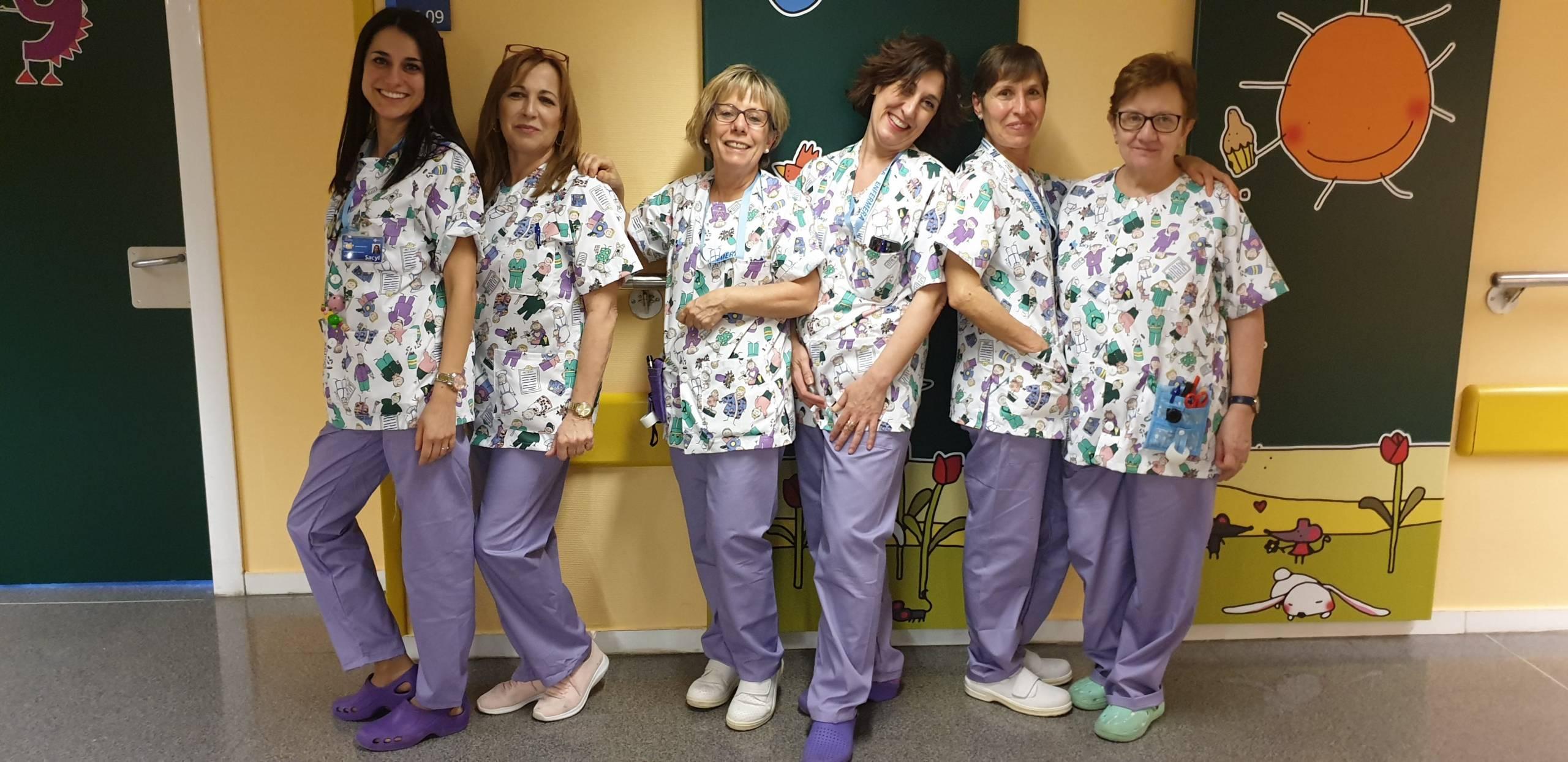 Nuevos uniformes pedriatría Hospital de León