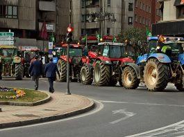 VÍDEO| Así fue la tractorada hoy en León