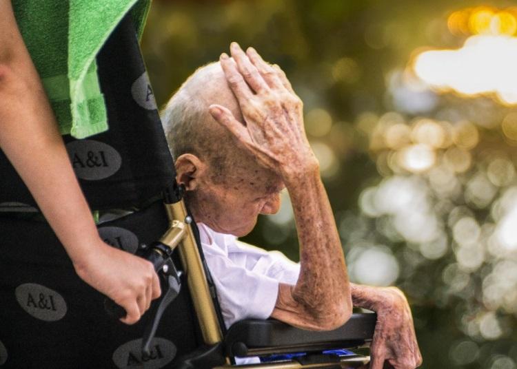 Holanda propone legalizar una «pastilla letal» para los mayores cansados de vivir