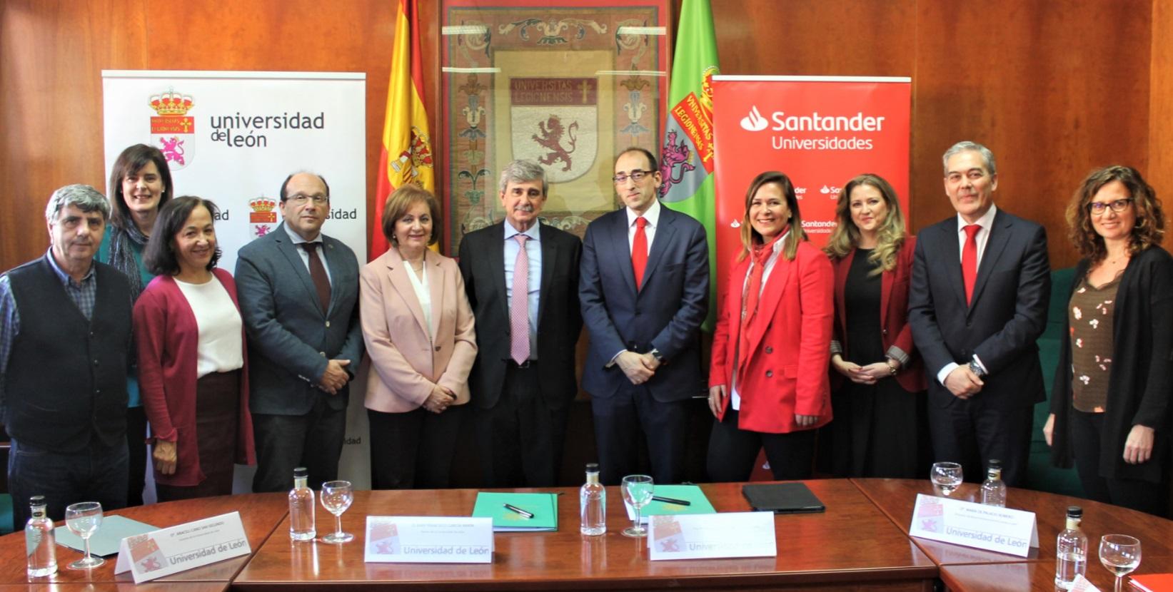 Firma acuerdo ULE-Banco Santander