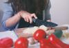 Prevenir la transmisión del coronavirus a través de los alimentos