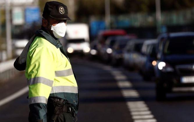 Guardia civil maletero