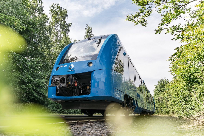 Los primeros trenes de hidrógeno del mundo funcionan a pilas