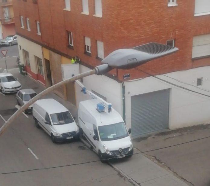 Corte del servicio de Internet en León que perjudica a decenas de vecinos.