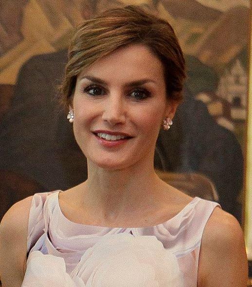 Primera salida de la Reina Letizia durante el confinamiento