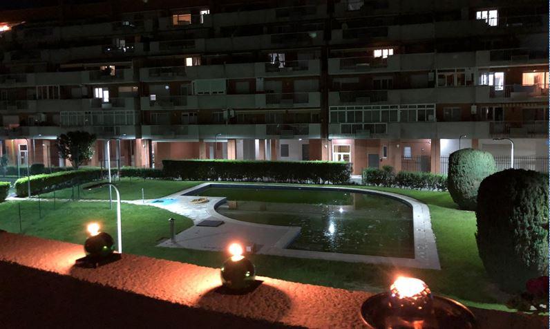 VÍDEO| Emotivo homenaje de estos vecinos de León a víctimas del Covid-19