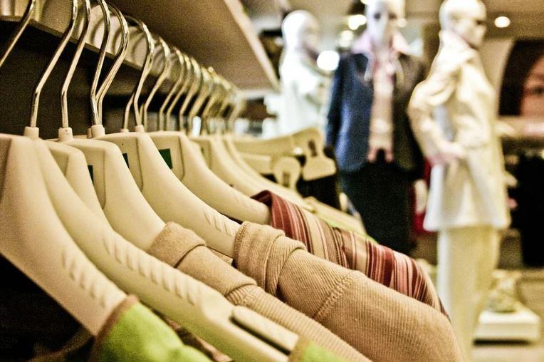 """Disfruta de las rebajas online y """"vete de compras"""" de forma segura"""