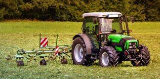 Un hombre ha fallecido al volcar su tractor en Matalebreras