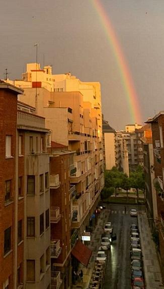 Bonitas imágenes de la ciudad de León en la tarde de ayer