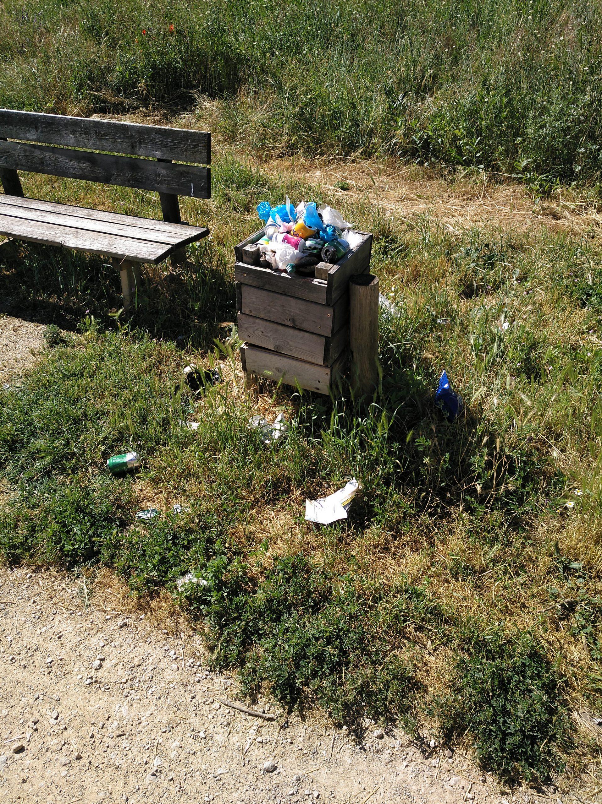 Así están de basura algunas zonas de San Andrés