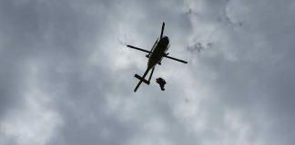 Los bomberos rescatan a un hombre de 62 años en Somiedo