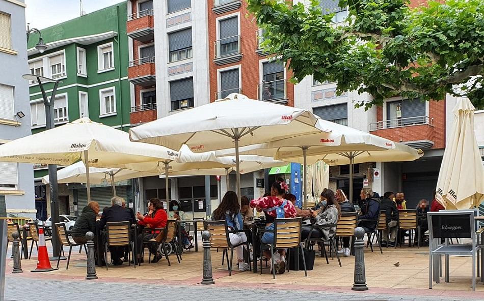 Burgo Nuevo: las terrazas de León se llenan respetando el aforo