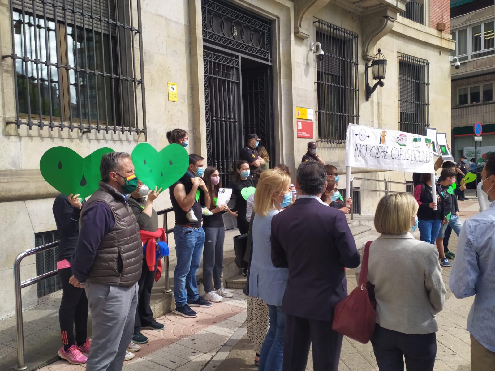 VOX León en defensa de las familias de alumnos de Educación Especial
