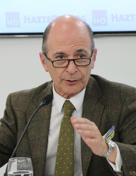 Don Carlos Rodríguez Braun ganador del Premio Escuela de Salamanca