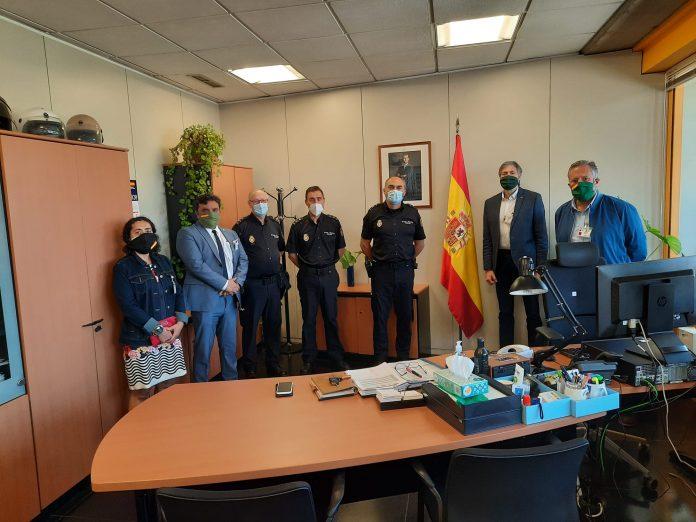 VOX León visita las instalaciones de la Policía Nacional de San Andrés