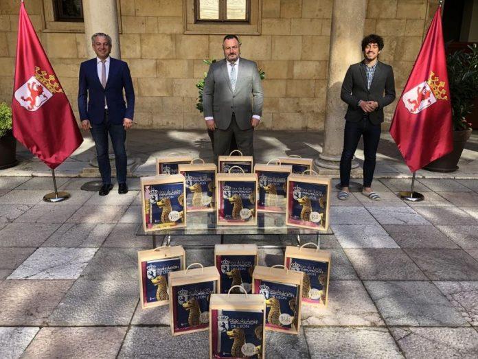 Diputación de León manda un obsequio a las Casas de León en América