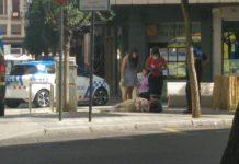 mujer cae suelo avenida roma