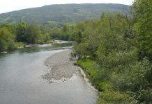 Muere una menor de 14 años al volcar su canoa en el río Cares