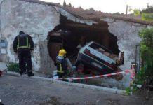 empotra su coche contra una vivienda en Cabrerizos, salamanca