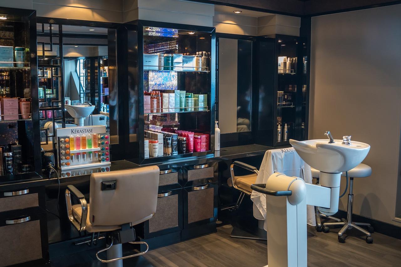 Las peluquerías, gimnasios y hoteles deberán registrar a todos sus clientes