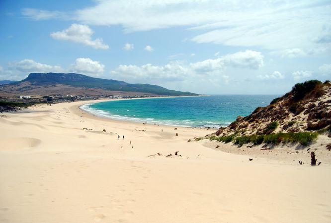 https://dTop 10: las mejores playas de España según los usuariosigitaldeleon.com/cultura-y-turismo/sugerencias-playa-verano/