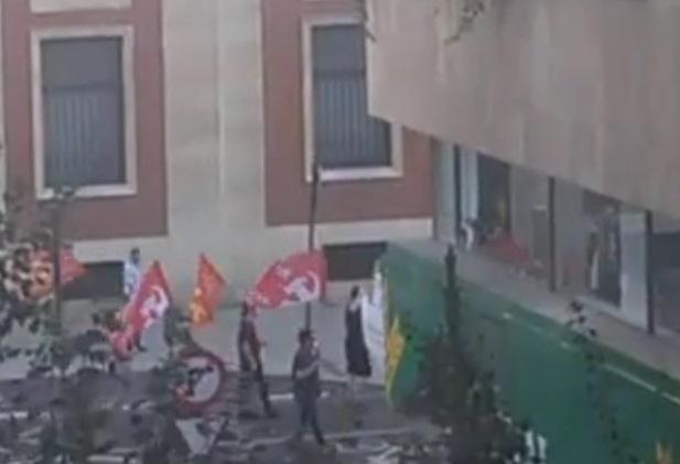 """Los leoneses salen a la calle al grito de: """"ni un paso atrás"""""""