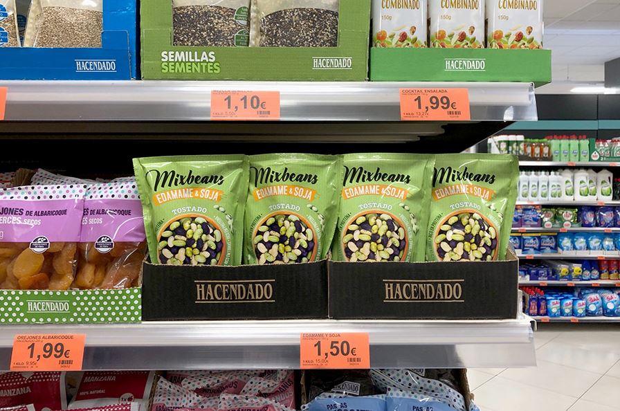 mercadona surtido de snackssaludables con los nuevosMixbeans Edamame & Soja de Hacendado