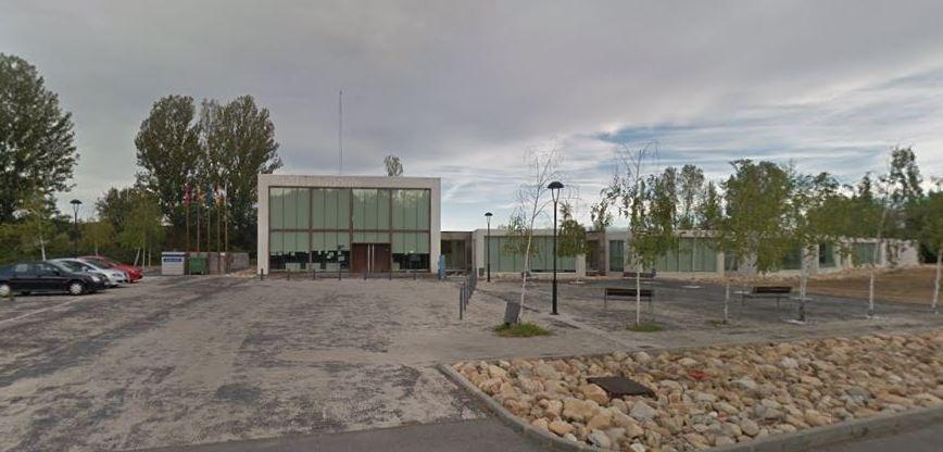Valoran la construcción de un nuevo polideportivo en Sariegos