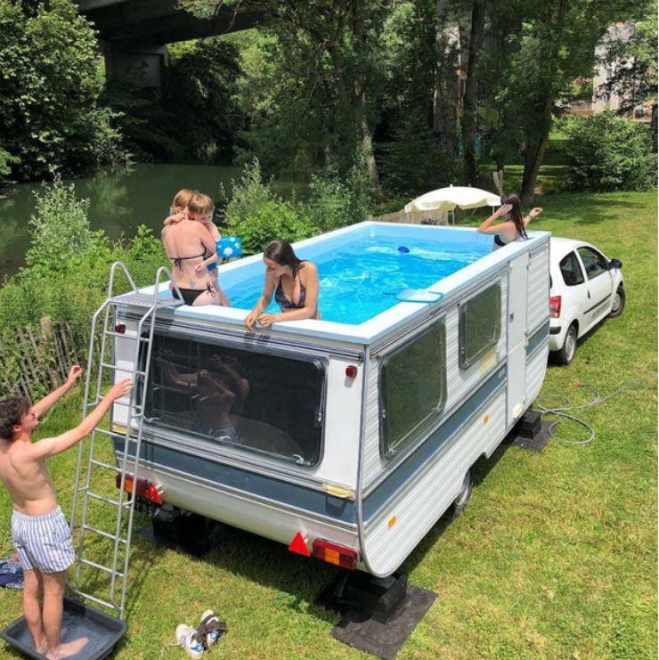 piscina caravana