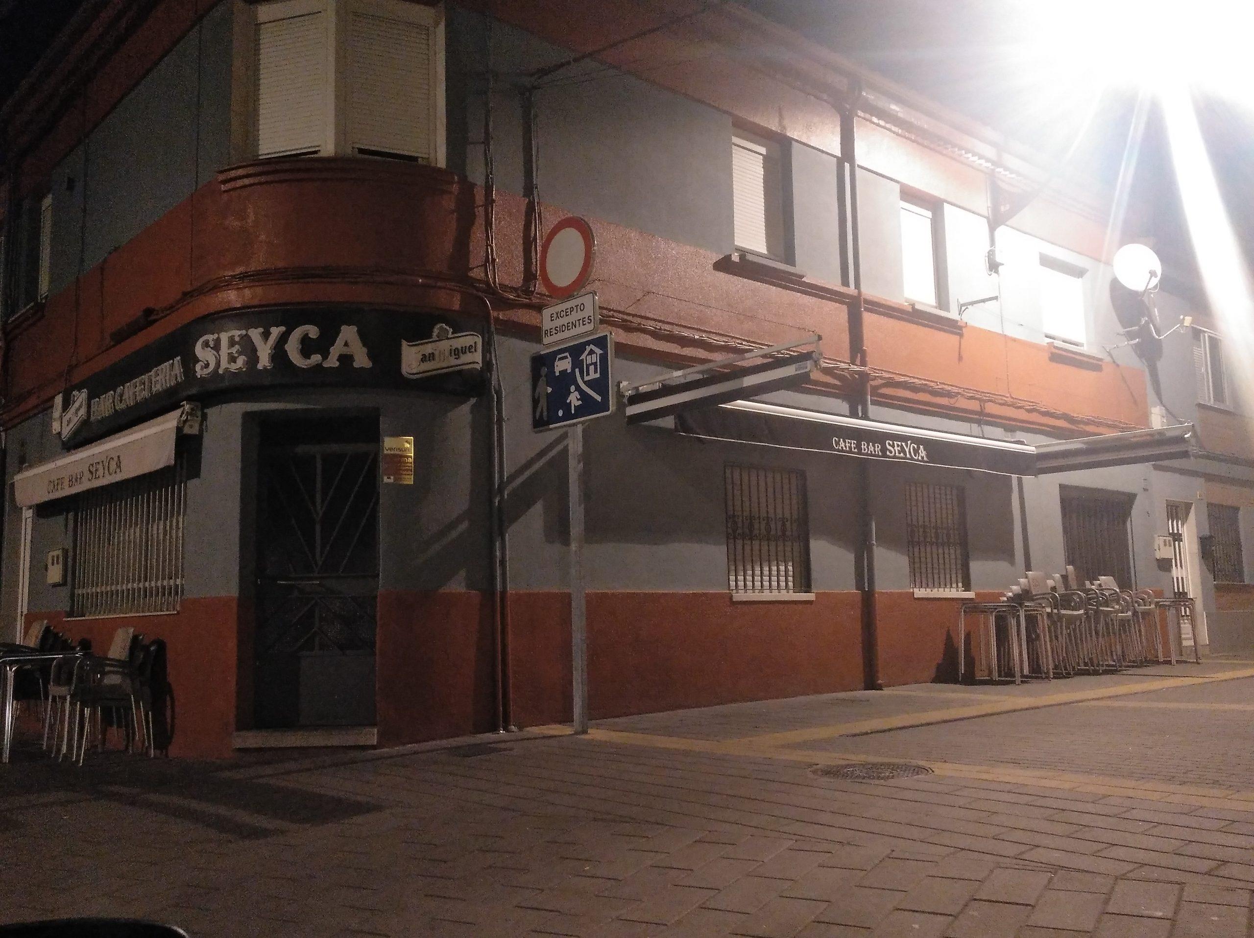 Bares de León