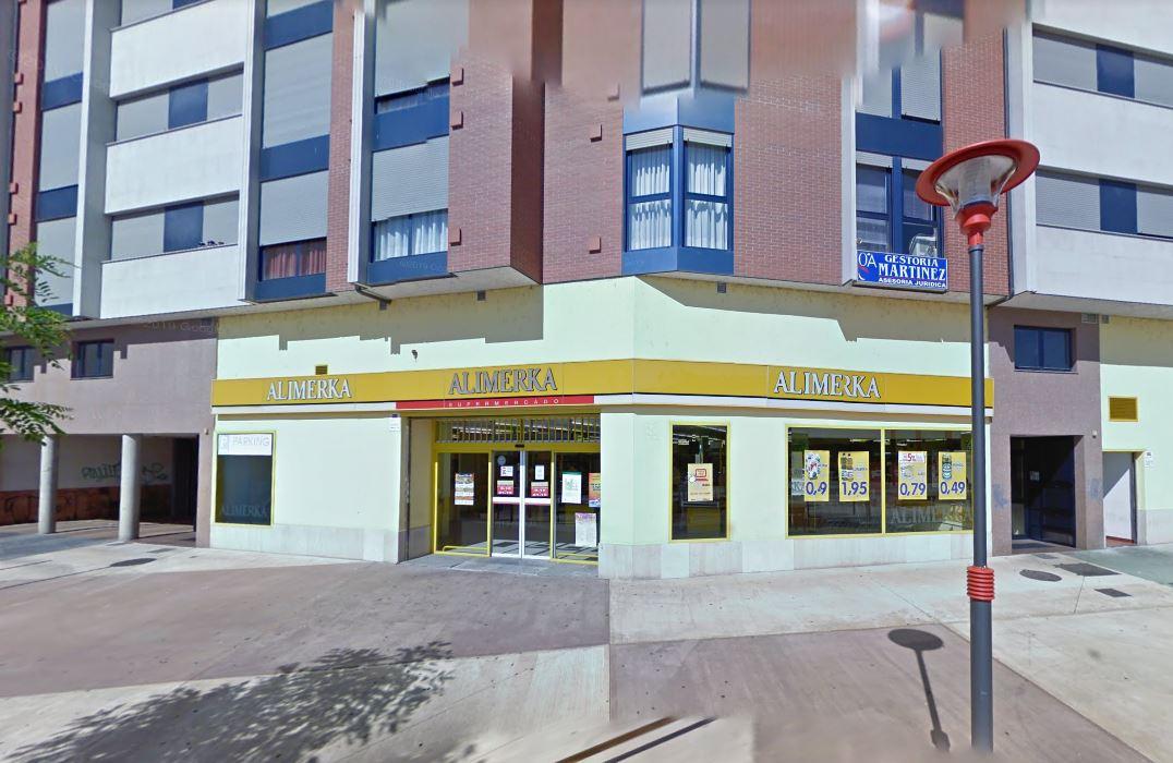 El grupo de supermercados de Alimerka ha confirmado un primer caso de Covid-19 en uno de sus empleados. El establecimiento está ubicado concretamente en la Travesía Compostilla de Ponferrada (León).