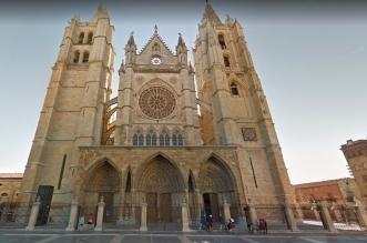 Virgen Blanca en la Catedral de Leon