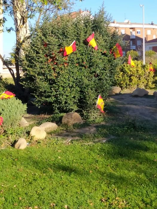 Las banderas de España del día del Pilar