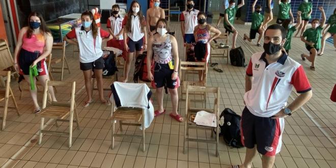 club natación león