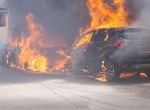 coche-arde-moises-leon