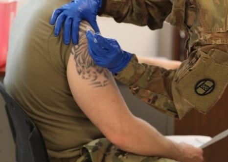 vacunación-policias-bomberos-leon