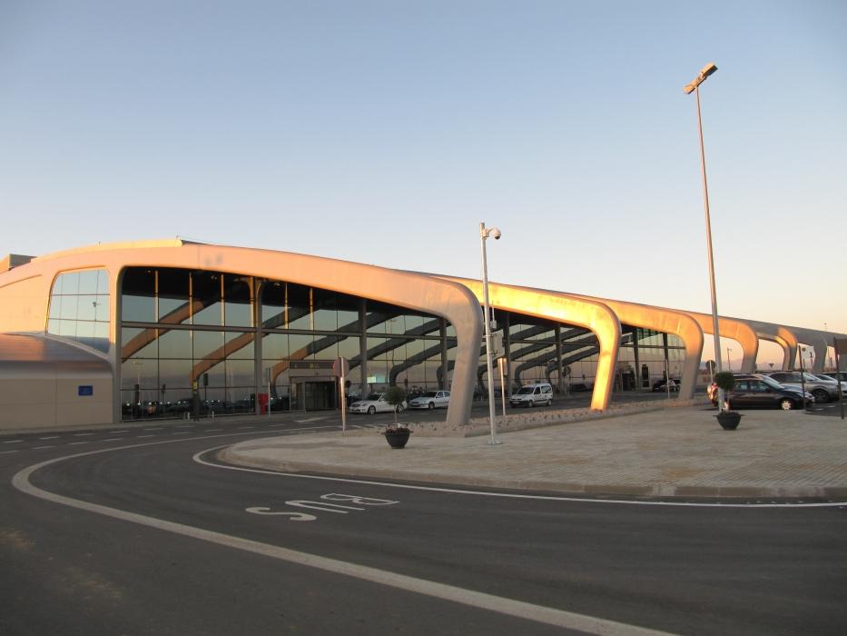 aeropuerto leon mas alto espana