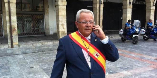 León adiós Ángel Villa