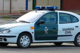 guardia civil detiene mujer delito estafa continuada