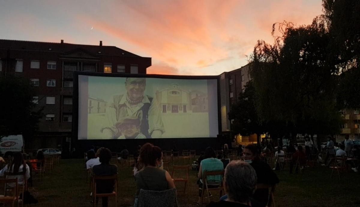 peticion vuelta cine verano leon